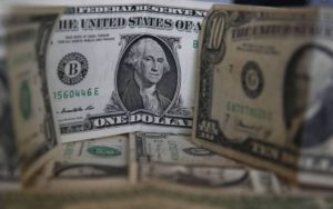 Dolar AS Turun