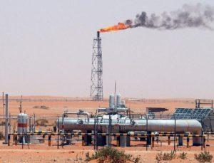 Harga Minyak Menguat Menjelang Keputusan Produksi OPEC+